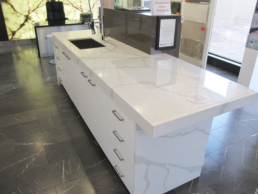 NQC010 Calacatta Quartz Kitchen Countertops